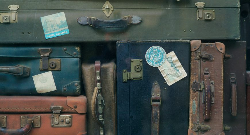 Tips To Break Free From Emotional Baggage